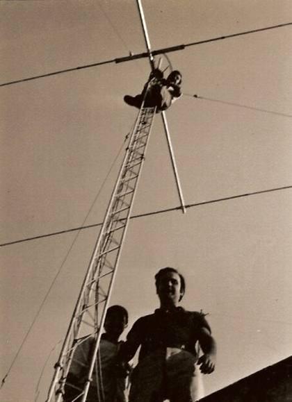 9-ANTENA CAB-RADAR DE EA7UU. EA7TV EN LA TORRE, EA7NT2º OP-EA7UF 1980